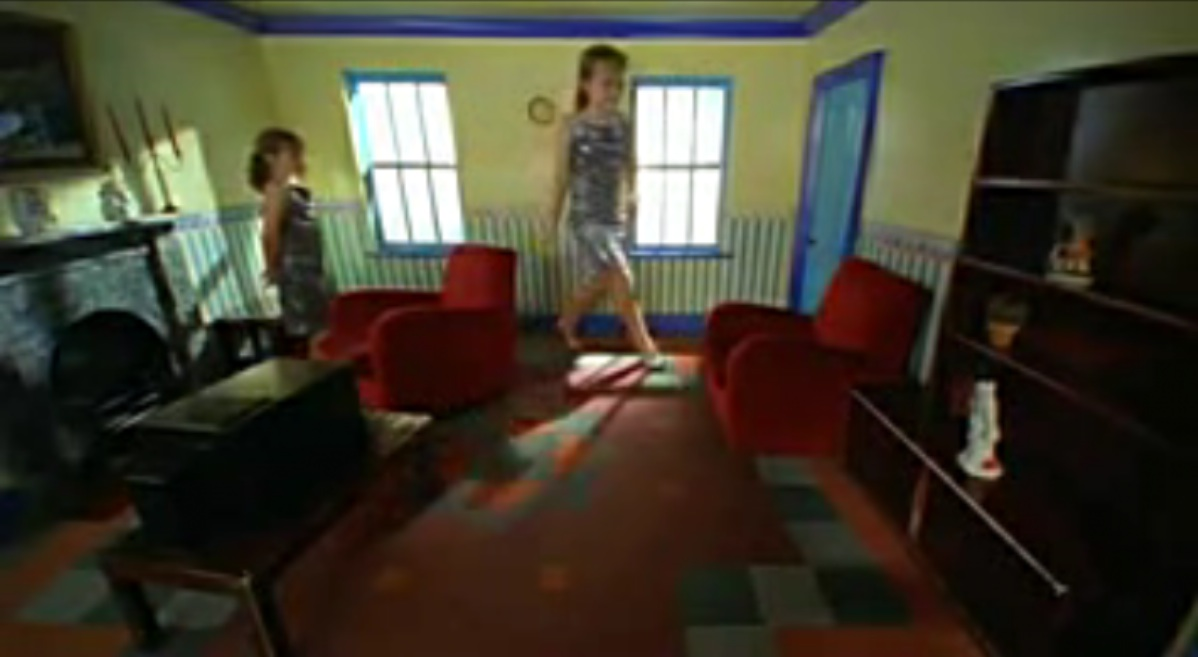 Philosophy of the Arts | Trompe l\'Oeuil and the Twins in the Ames Room
